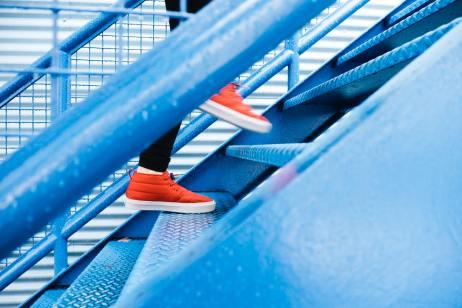 steps lindsay-henwood-7_kRuX1hSXM-unsplash